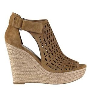 Marc Fisher Helina suede wedges 7.5